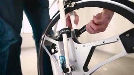 (e-CHÍP Online) - Chỉ với 60 giây ngắn ngủi bạn đã có thể hô biến chiếc xe  đạp của mình thành chiếc xe đạp điện tiện lợi.