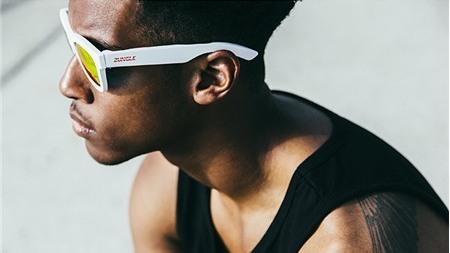 Zungle Panther - kính mát tích hợp tai nghe Bluetooth dùng công nghệ truyền âm thanh qua xương sọ