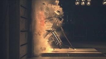 Điều gì xảy ra khi một chiếc xe đẩy hàng siêu thị lao vào tường bê tông với vận tốc 120 km/h