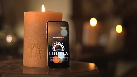 LuDela: Nến thông minh, điều khiển bằng điện thoại