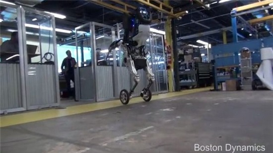 Google giới thiệu mẫu robot có thể tăng tốc 14 km/h, chở được 45 kg
