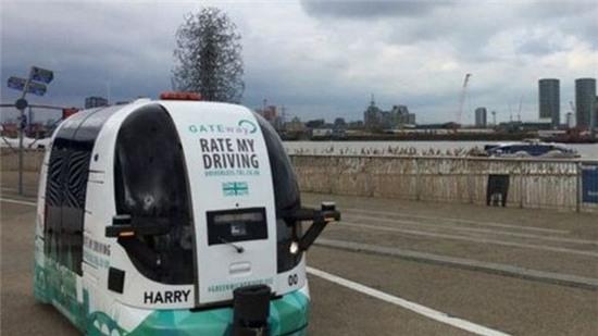 Anh bắt đầu cuộc thử nghiệm xe buýt không người lái đầu tiên | Tạp chí  e-CHIP