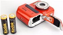Chọn máy ảnh compact dùng pin AA hay pin riêng theo máy?