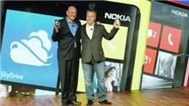 Những 'vật ngáng đường' Elop đến 'ghế nóng' Microsoft