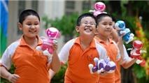 Robot TOSY DiscoRobo đến các trường học Hà Nội