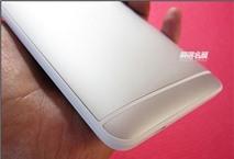 HTC One Max được trang bị cảm biến vân tay