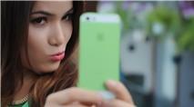 Mai Yến Chi: Duyên dáng cùng Phone xanh