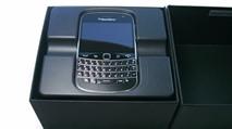 BlackBerry tái khởi động sản xuất Bold 9900