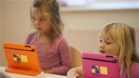 iPad trong trường tiểu học