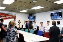RMIT Việt Nam ra mắt phòng Thực hành an ninh mạng mới