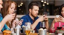 Dùng smartphone thường xuyên có thể gây tăng động