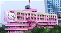 ĐH Giao thông Vận tải phủ sơn hồng, trang trí Hello Kitty đón SV mới?