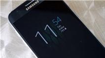"""Motorola """"tố"""" Samsung vay mượn tính năng """"Always on"""" trên những chiếc smartphone Moto"""