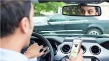 Chơi game khi lái xe, game thủ Nhật Bản gây tai nạn chết người