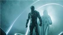Max Steel: dùng năng lượng trong không khí biến thành siêu nhân