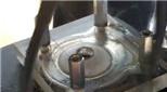 Xem hoạt động của động cơ 2 thì khi nhìn xuyên qua nắp xilanh trong suốt