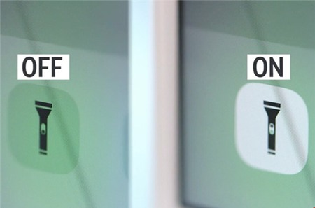 Nút gạt trên đèn pin sẽ thay đổi tùy trạng thái