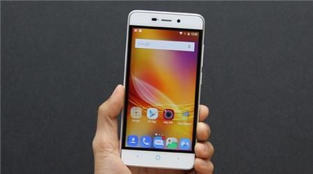 5 smartphone ho tro 4G re nhat Viet Nam hinh anh 3