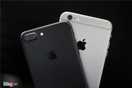 So thiet ke iPhone 7 Plus voi iPhone 6S Plus hinh anh 3
